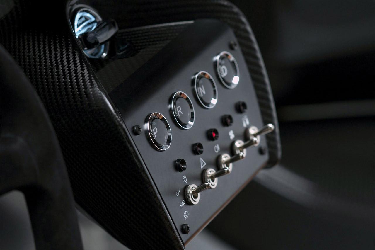 Aston_Martin-CC100_Speedster_Concept_08