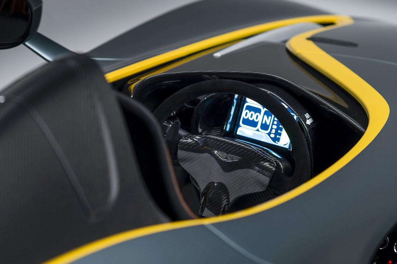 Aston_Martin-CC100_Speedster_Concept_10