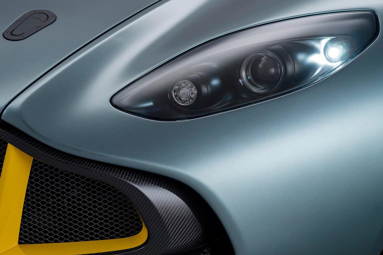 Aston_Martin-CC100_Speedster_Concept_14