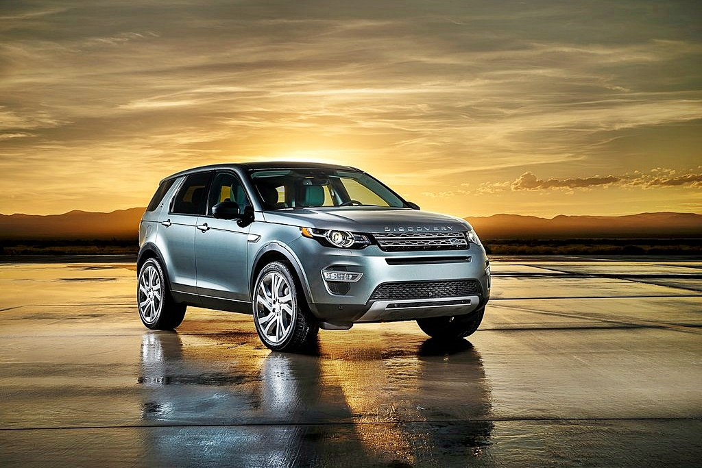 Land_Rover-Discovery_Sport_2015_1024x768_wallpaper_01
