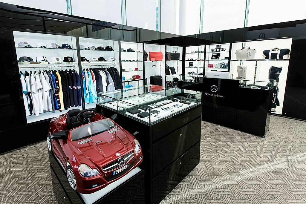 Motorian for Mercedes benz lifestyle collection