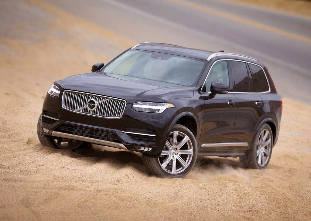 Volvo-XC90_2015_1024x768_wallpaper_1b