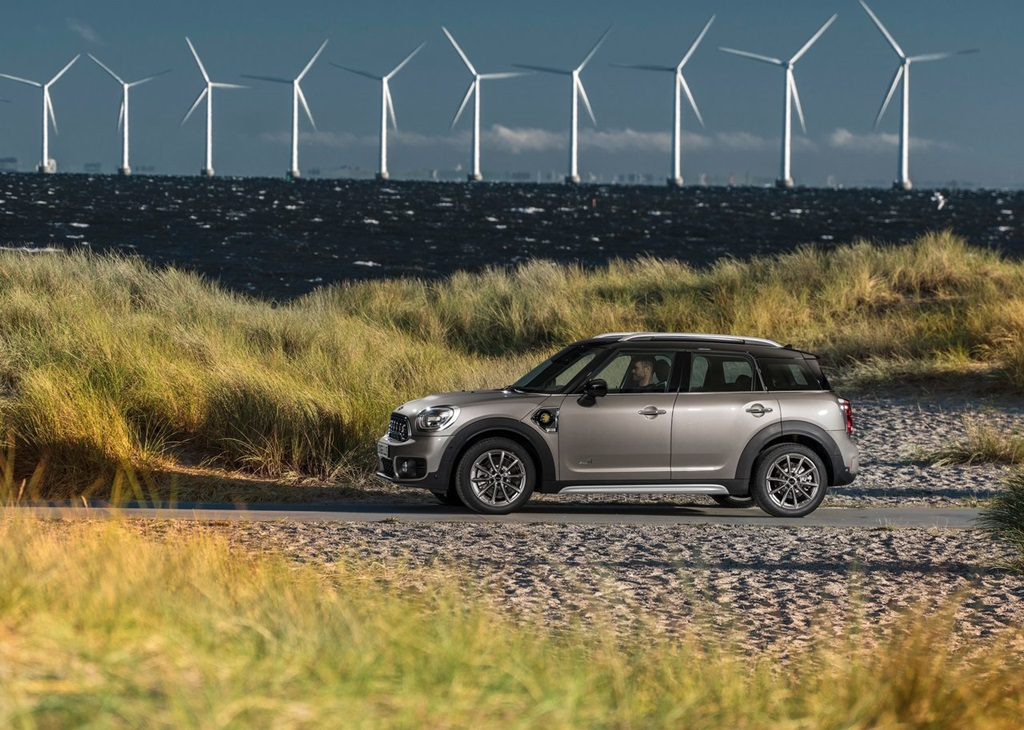 Mini-Countryman_Plug-in_Hybrid-2017-1280-0b