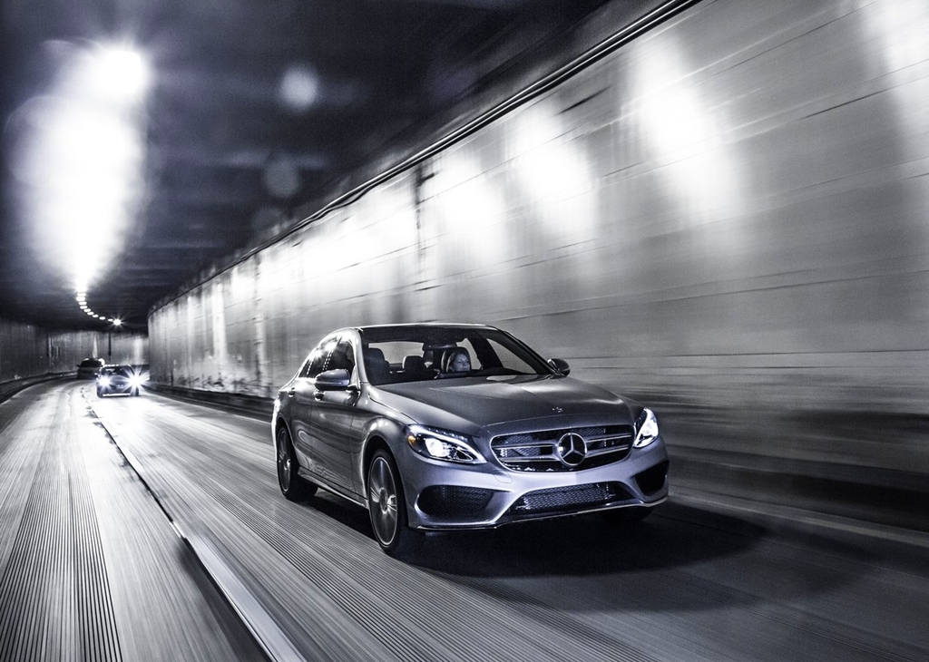 Mercedes-Benz-C-Class_US-Version-2015-1280-02