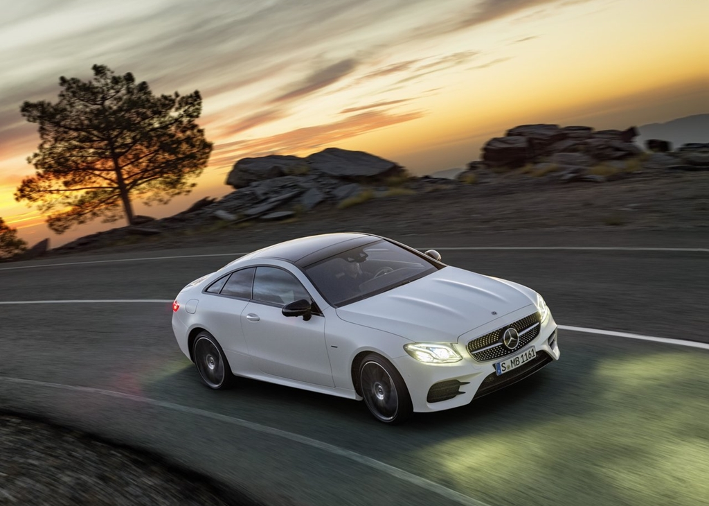 Mercedes-Benz-E-Class_Coupe-2017-1280-0a