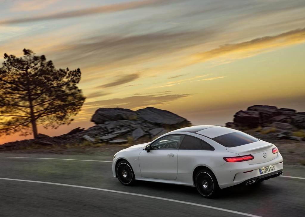Mercedes-Benz-E-Class_Coupe-2017-1280-23