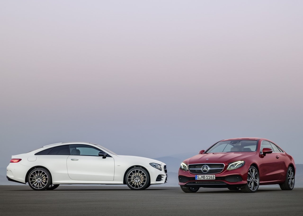 Mercedes-Benz-E-Class_Coupe-2017-1280-2d