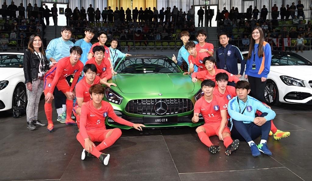 사진-메르세데스-벤츠 주니어컵 2017 참가 한국 유소년 국가대표 U-19 대표팀