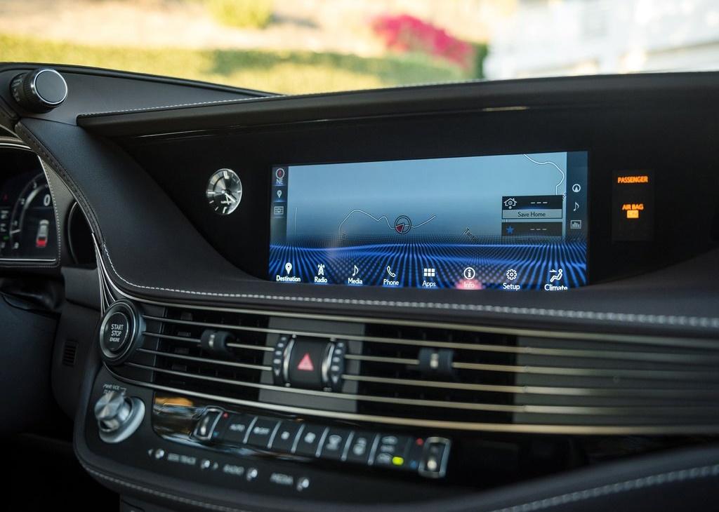Lexus-LS_500-2018-1024-2a