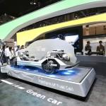[사진자료1] 현대모비스의 수소연료전지차 플랫폼 전시 모습