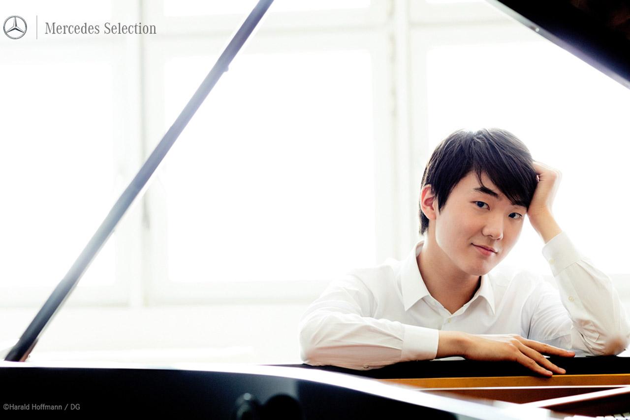 사진-메르세데스 셀렉션 후원 행사_피아니스트 조성진 첫 전국 투어 리사이틀