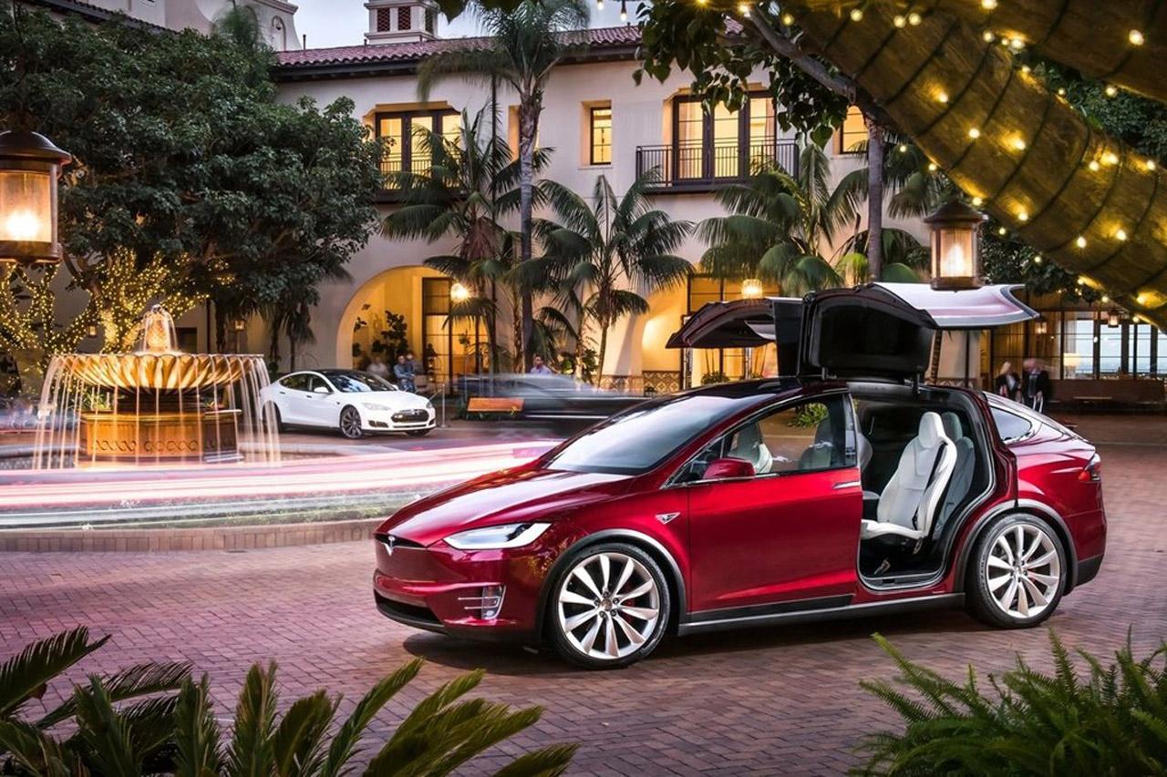 Tesla-Model_X-2017-1280-02