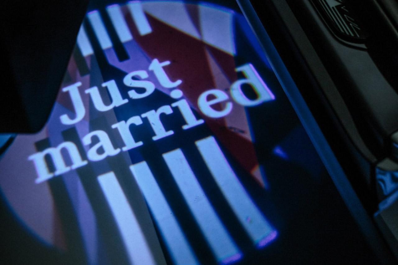 사진-MINI, 영국 해리왕자 결혼 기념 특별한 MINI 제작 (2)