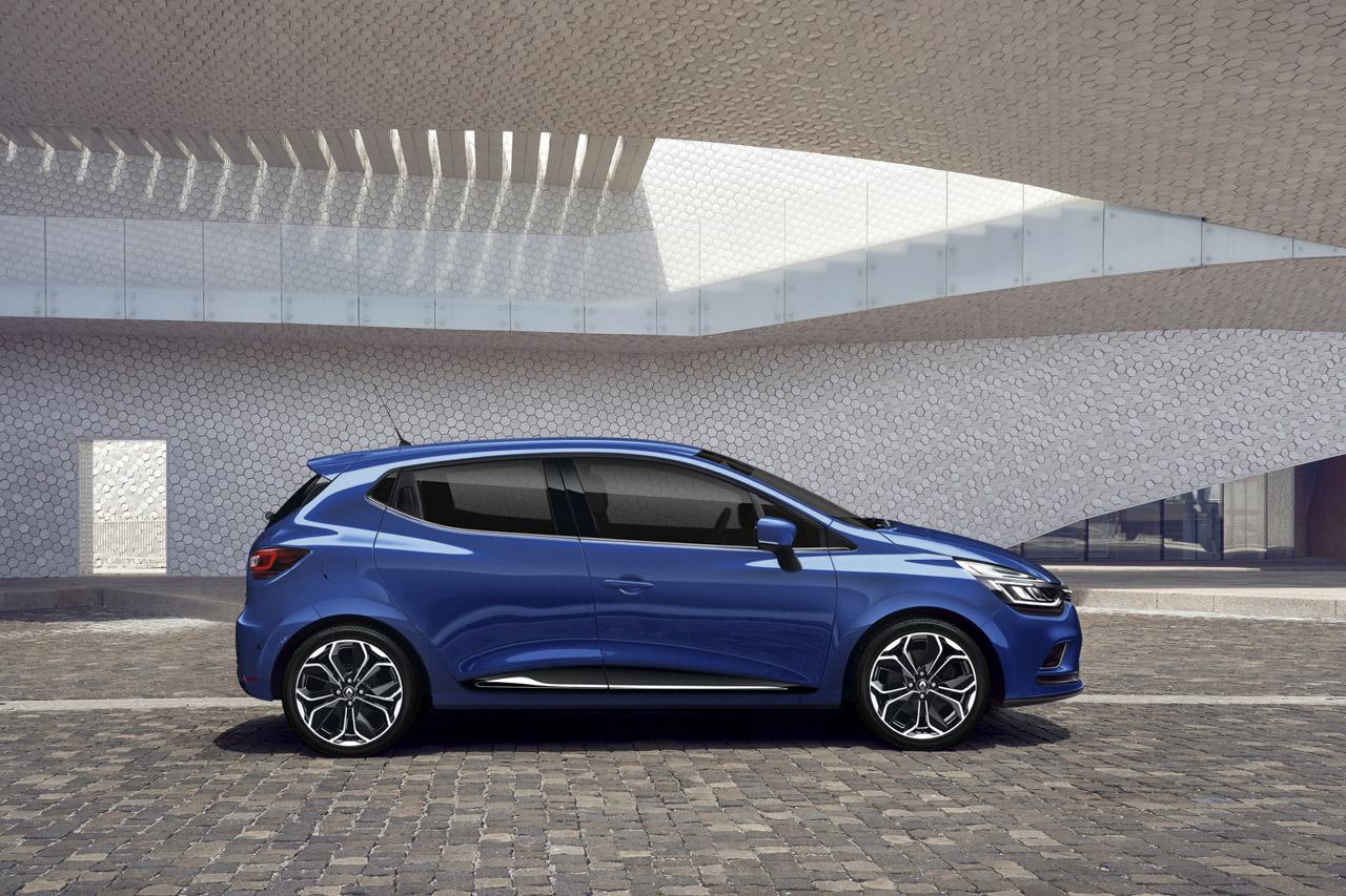 Renault_CLIO_1
