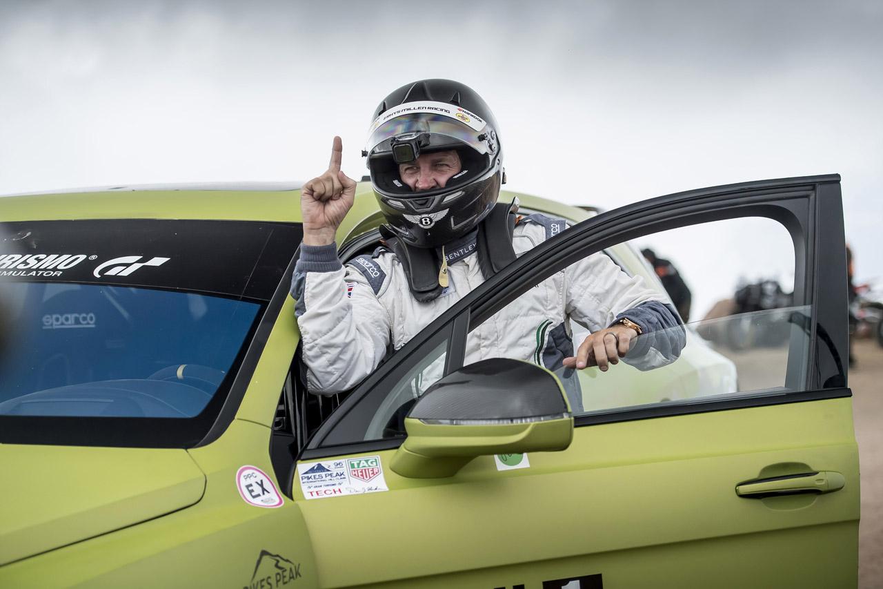 [벤틀리] 벤테이가, 파이크스 피크에서 가장 빠른 SUV로 등극_리스 밀런 (2)