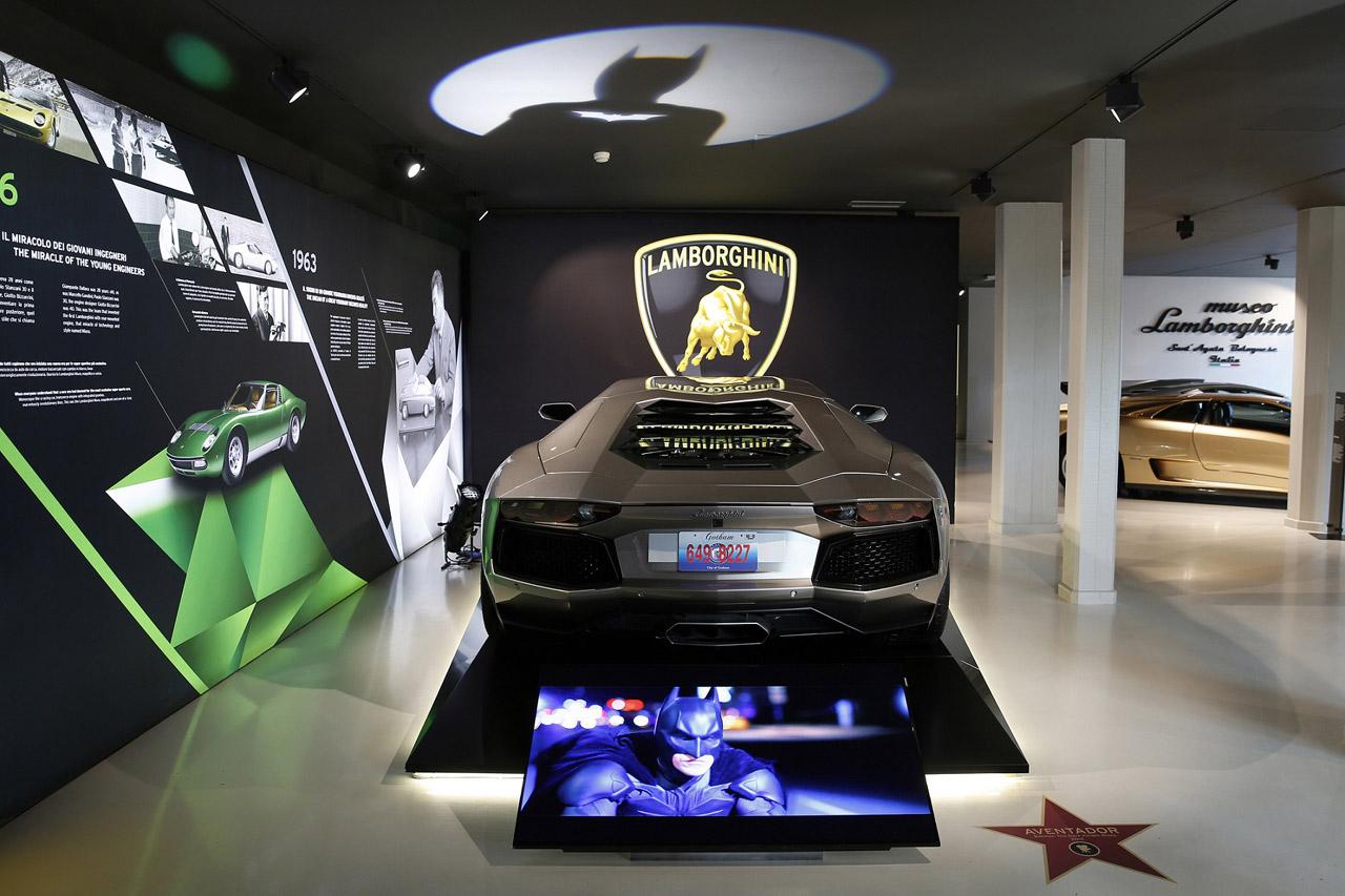 [사진자료] 영화 _다크나이트 라이즈_에 등장한 람보르기니 아벤타도르(Aventador)