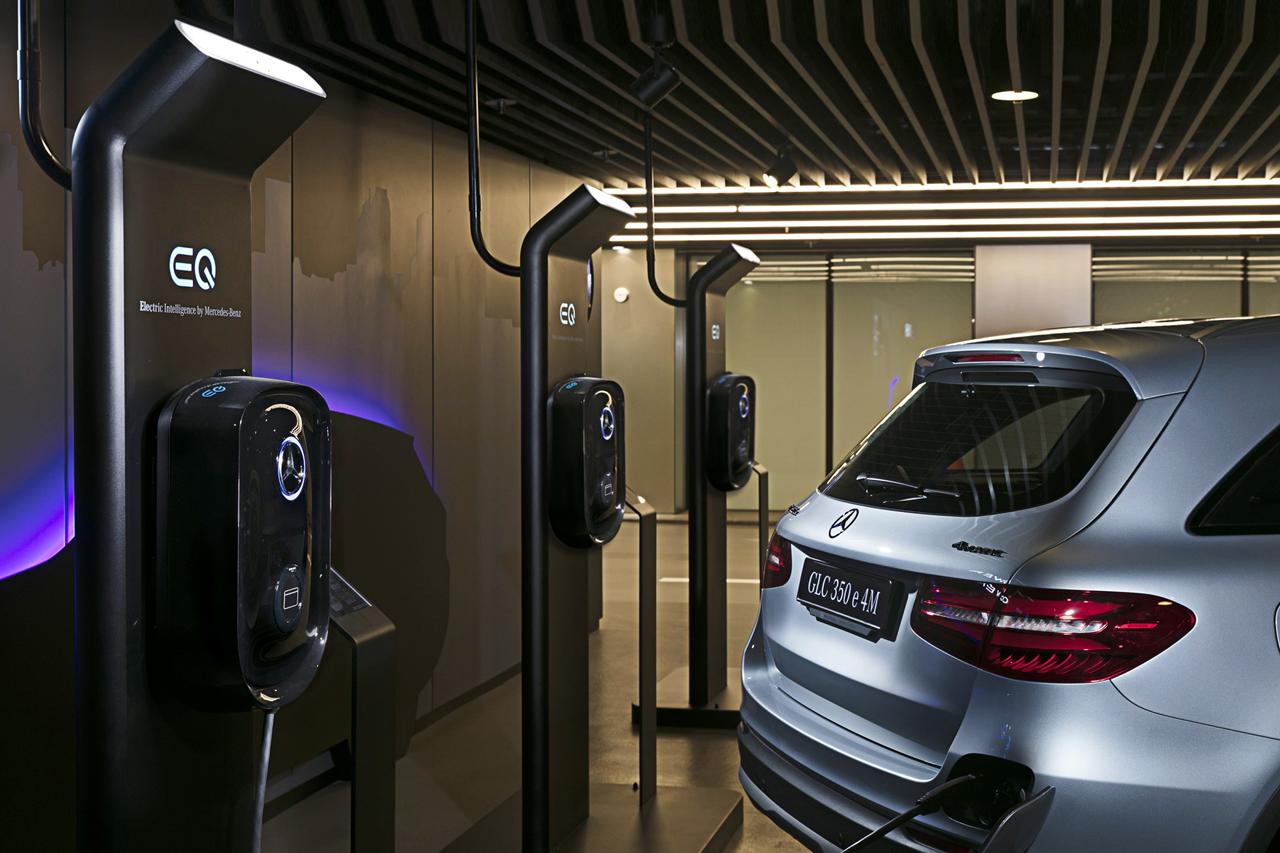 [사진 1] 메르세데스-벤츠 코리아, KT와 제휴로 차량용 충전기 개발 및 판매 본격화