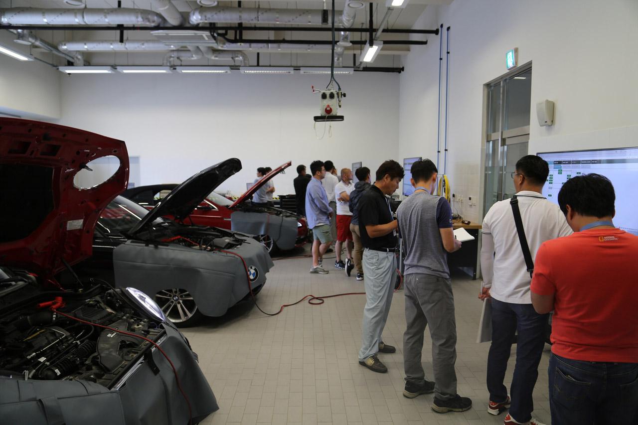 사진-BMW 외부 수리업체 기술 세미나