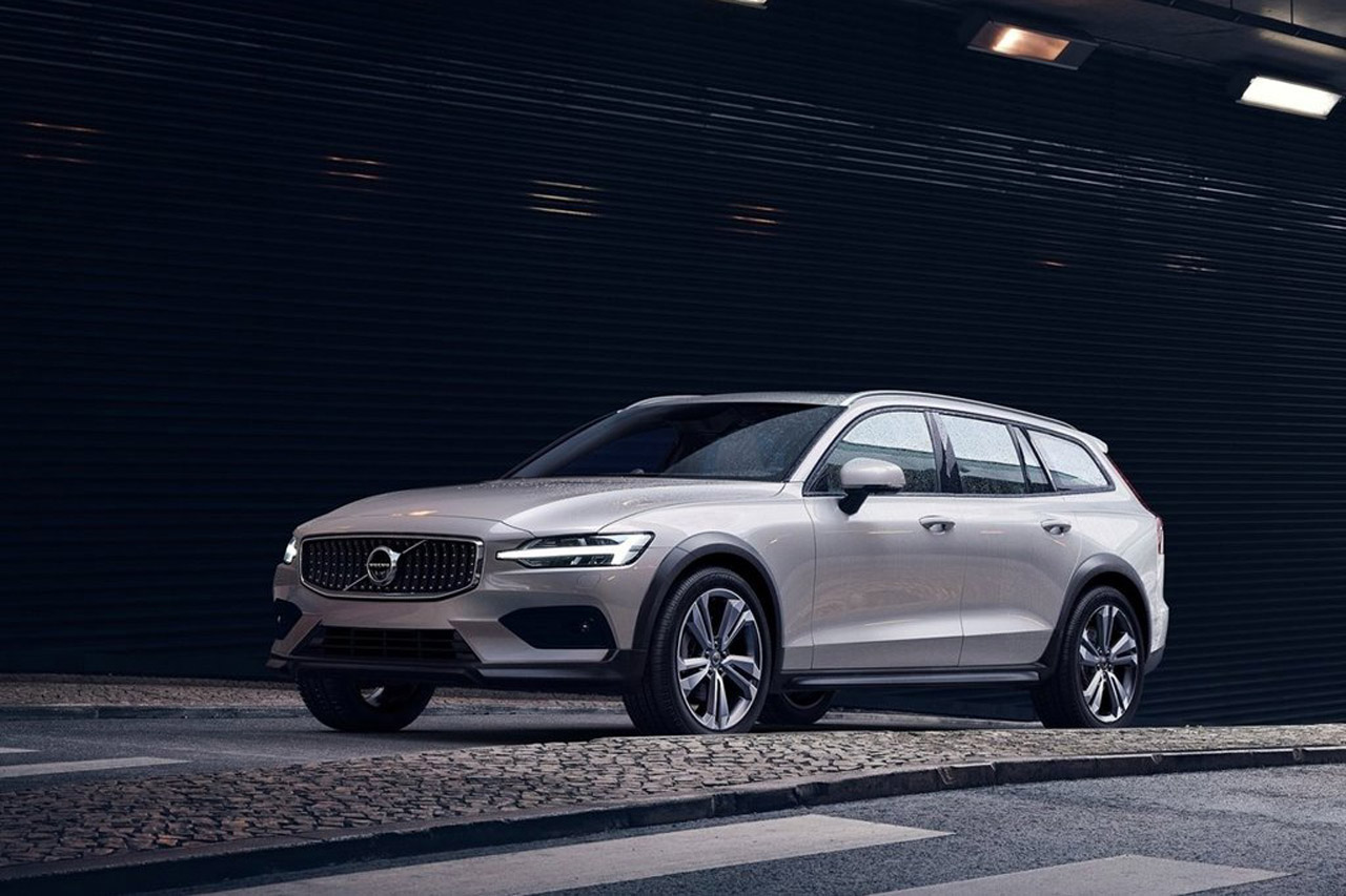 Volvo-V60_Cross_Country-2019-1280-02