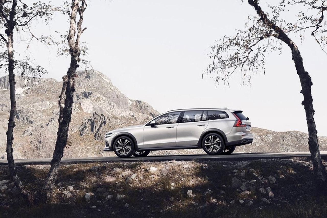 Volvo-V60_Cross_Country-2019-1280-08