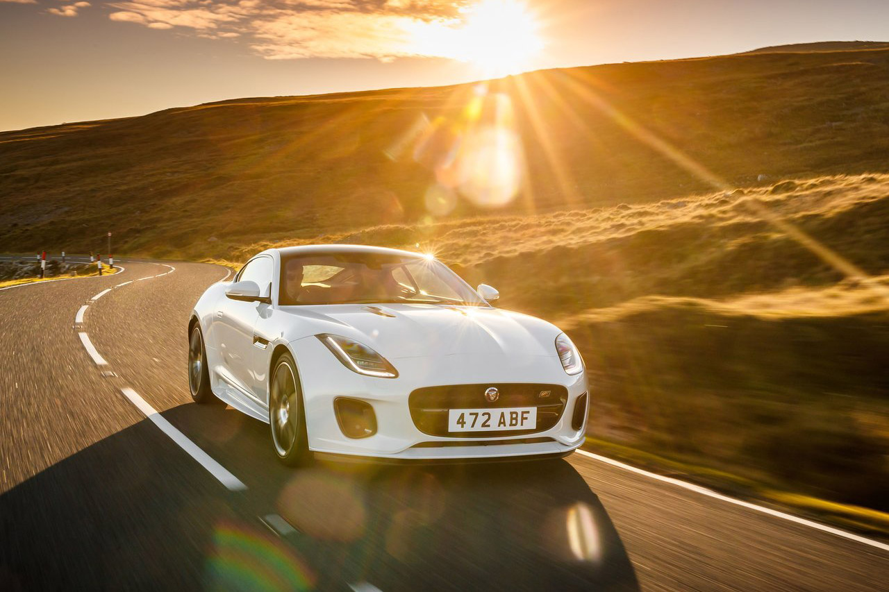 Jaguar-F-Type_Chequered_Flag_Edition-2019-1280-04
