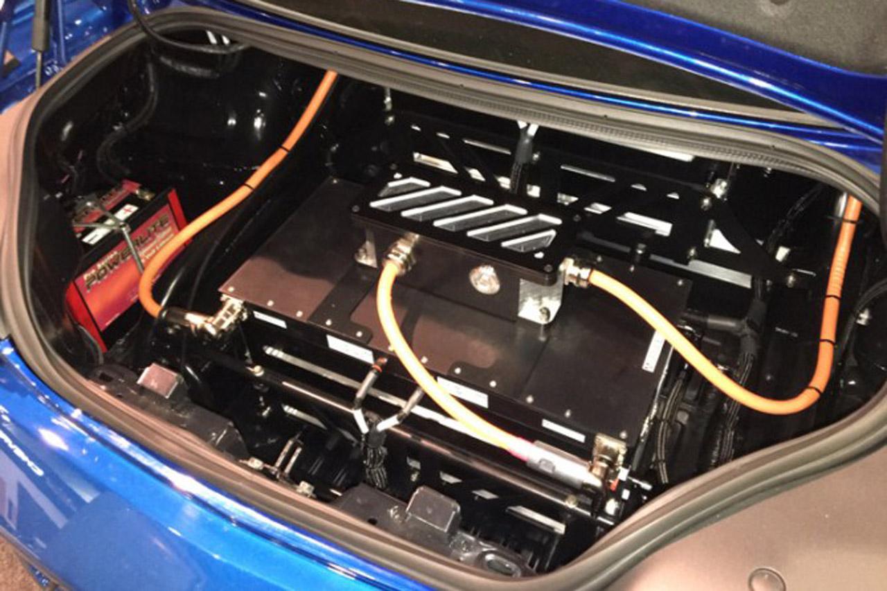 chevrolet-unveils-electric-powered-ecopo-camaro-race-car-concept-at-sema-show-2