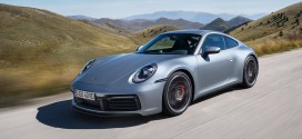 새롭게 공게된 신형 911, 전통에 최첨단 기술과 새로운 디자인을 입히다.