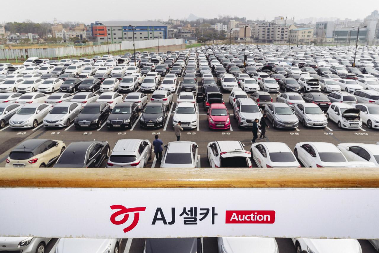 [첨부사진] 27일,  AJ셀카 안성경매장 내 경매출품차량들