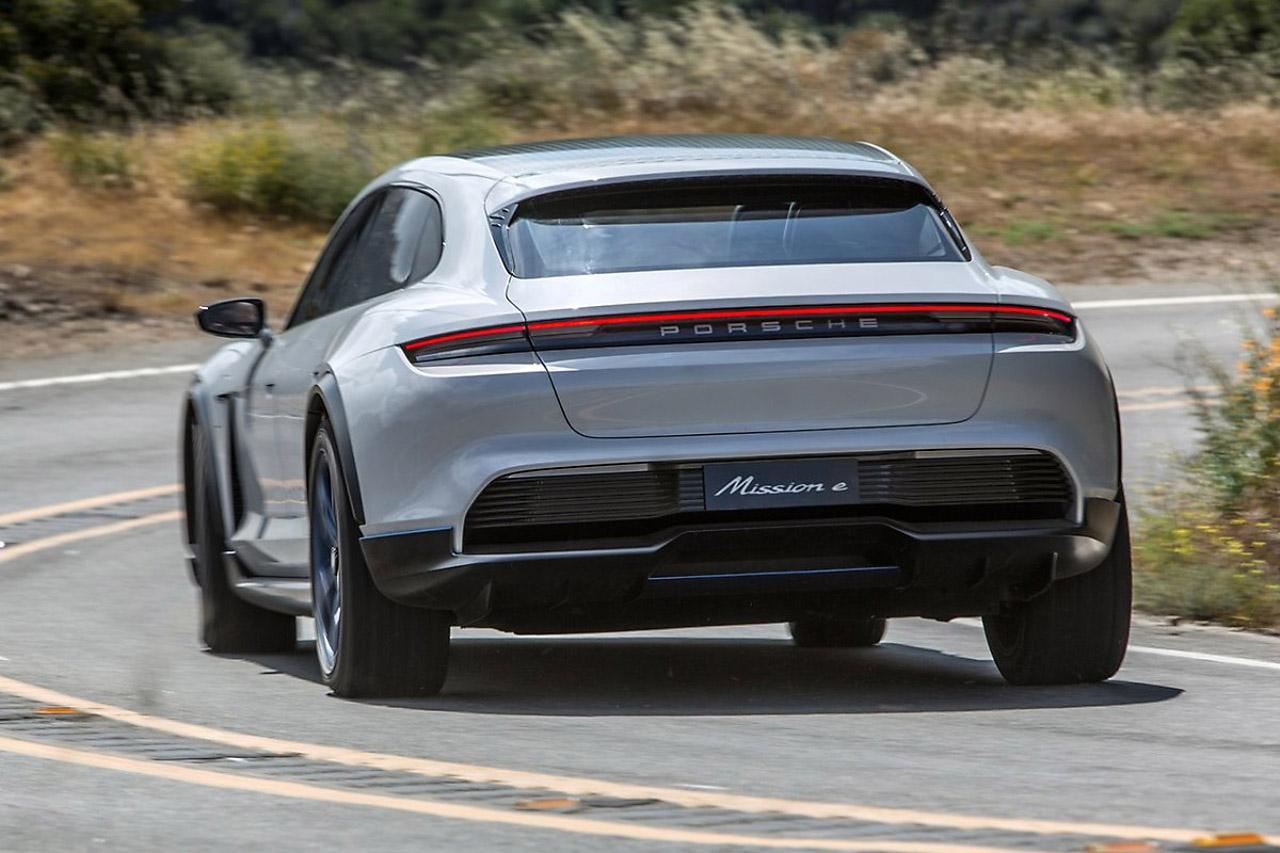 Porsche-Mission_E_Cross_Turismo_Concept-2018-1600-2b