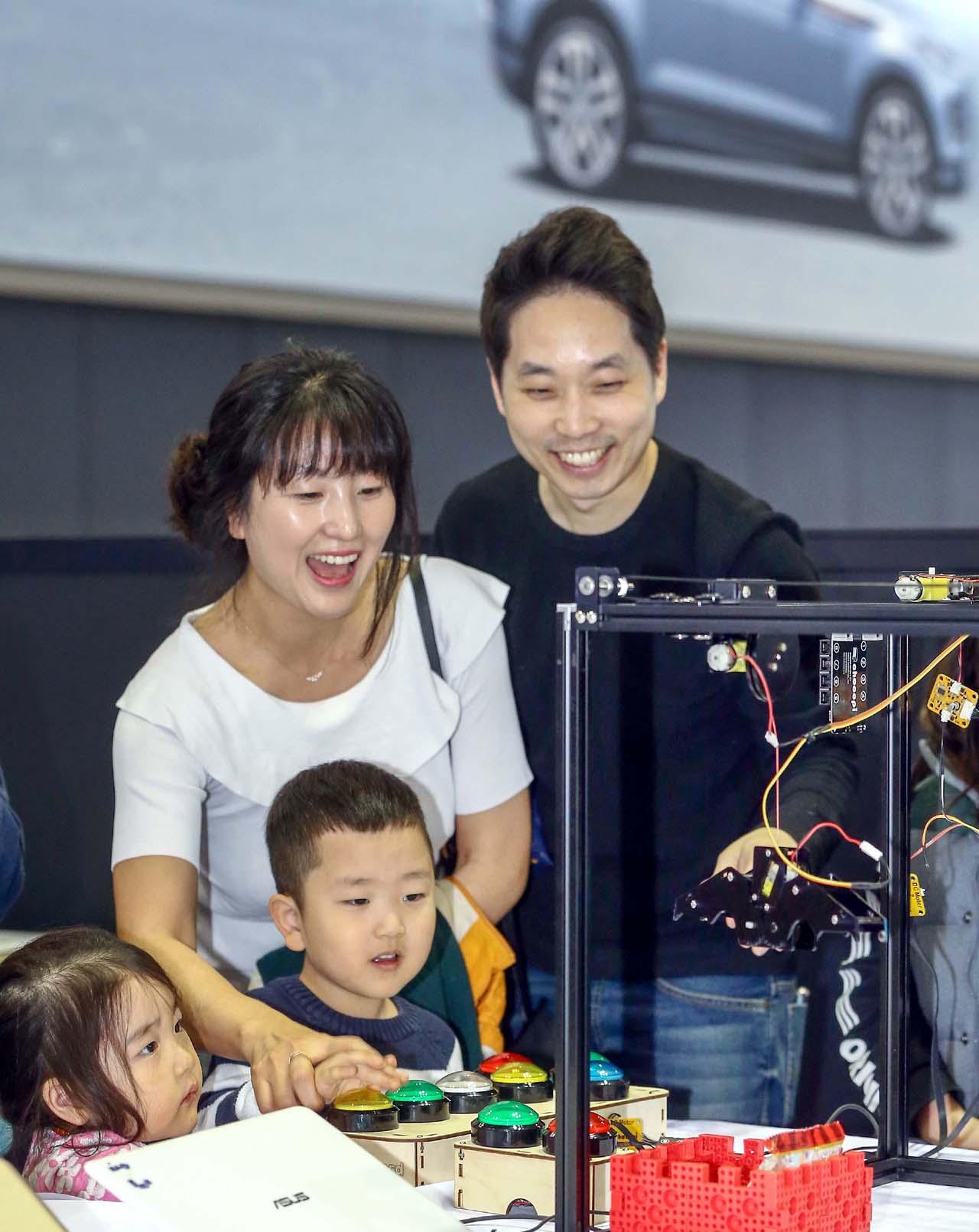 사진자료2. 2019 로봇과 함께하는 소프트웨어 페스티벌