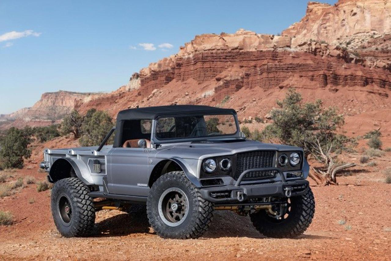 사진-지프 파이브-쿼터(Jeep Five-Quarter)
