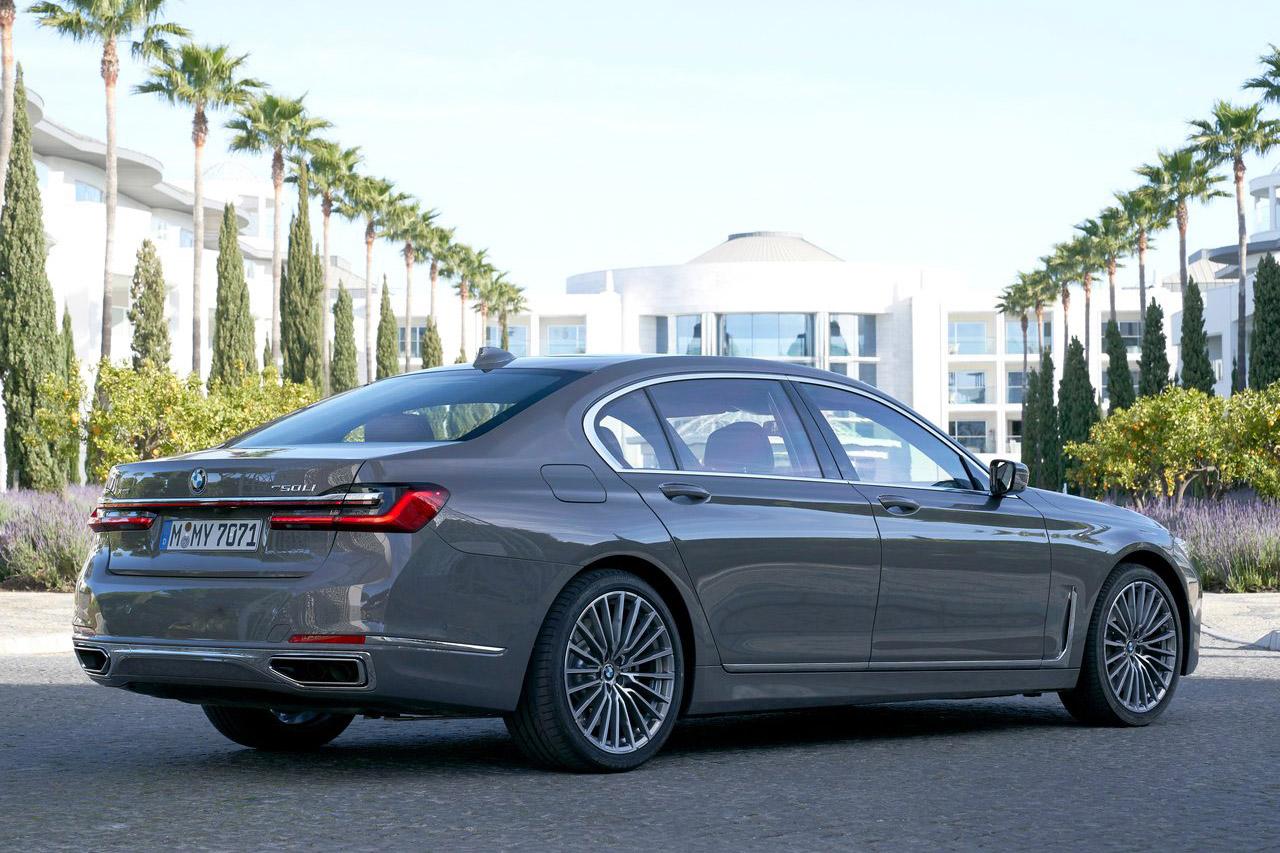BMW-7-Series-2020-1280-23
