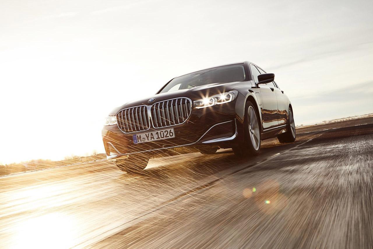 BMW-745Le-2020-1280-17