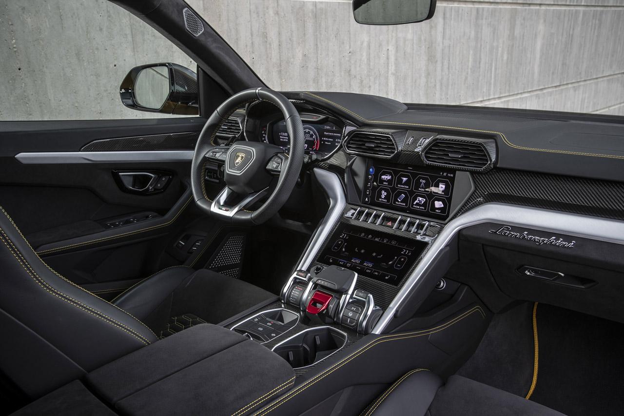 [람보르기니] 세계 최초의 슈퍼 SUV, 우루스_인테리어 (1)