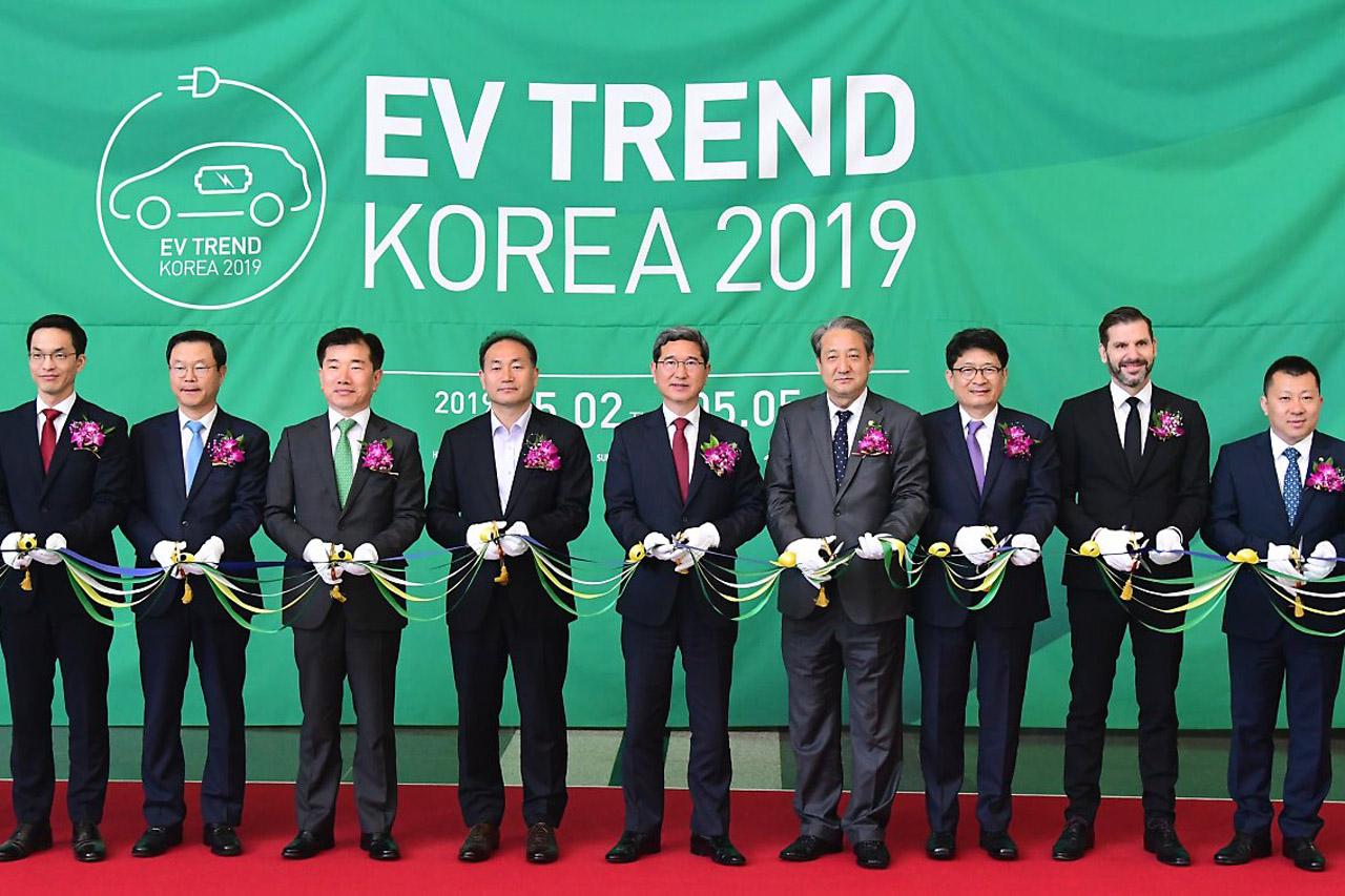 [이미지] EV TREND KOREA 2019 개막식 (1)_단체컷