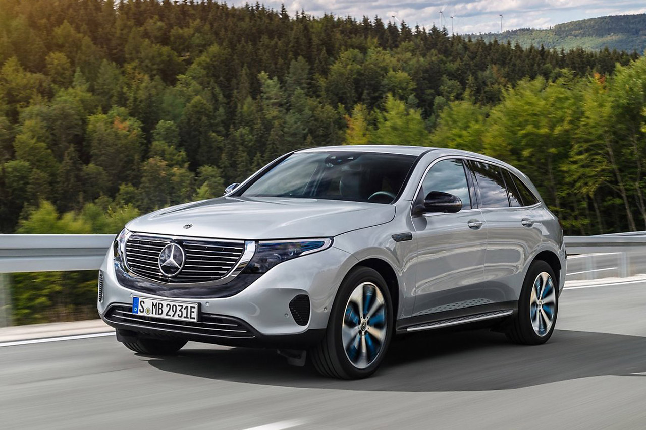 Mercedes-Benz-EQC-2020-1600-12