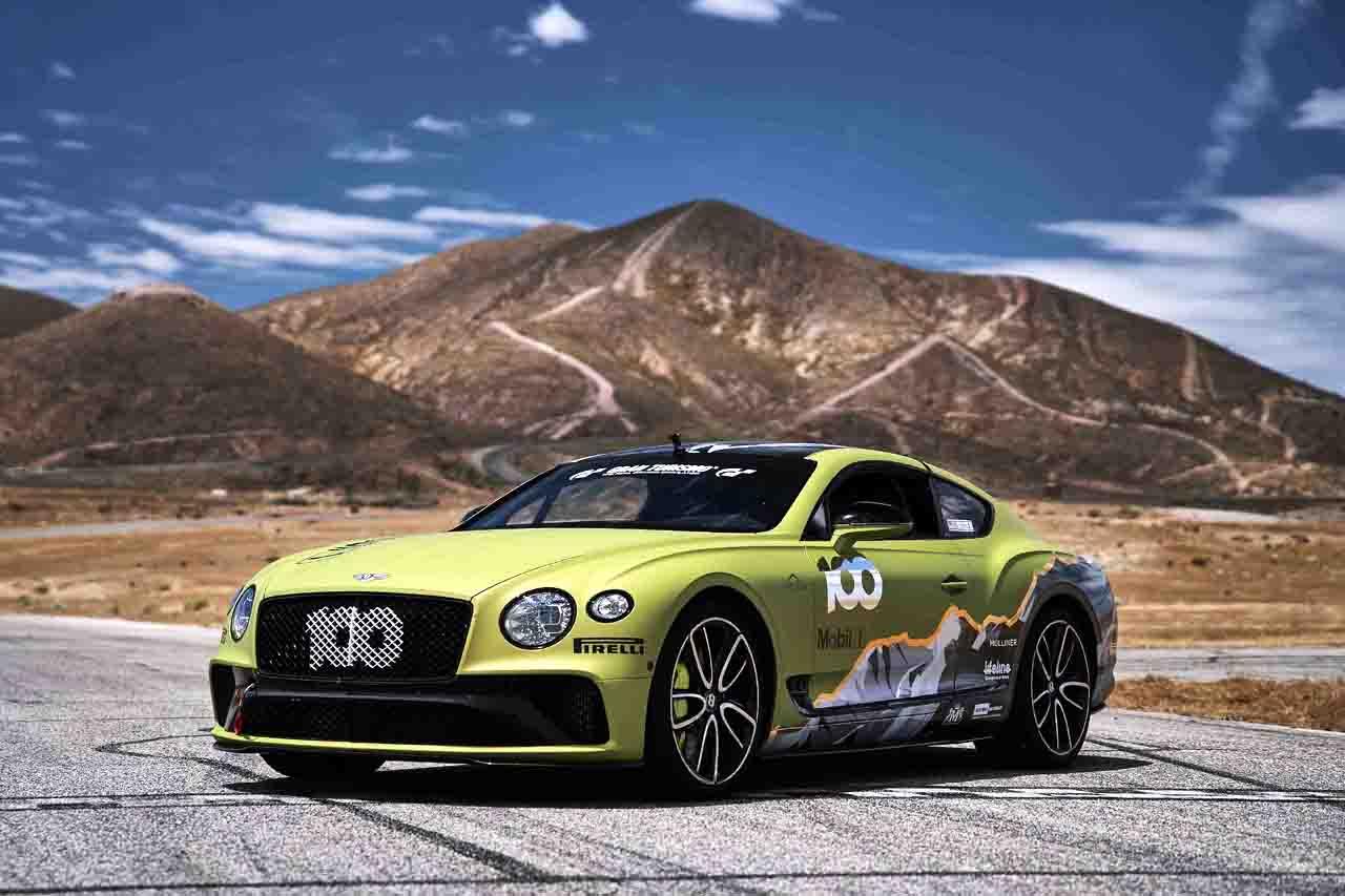참고사진_벤틀리 신형 컨티넨탈 GT, 파이크스 피크 힐 클라임 레이스에서 양산차 최고기록 노린다!(1)