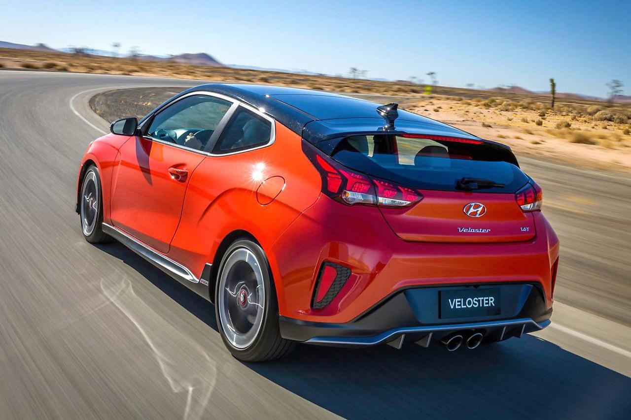 Hyundai-Veloster-2019-1280-10