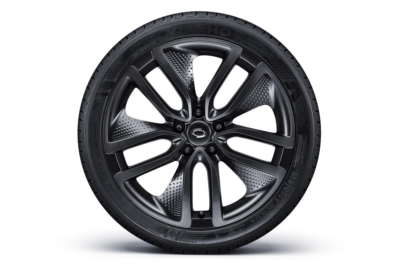 사진3_스포티 옵션 S-Look 타이어