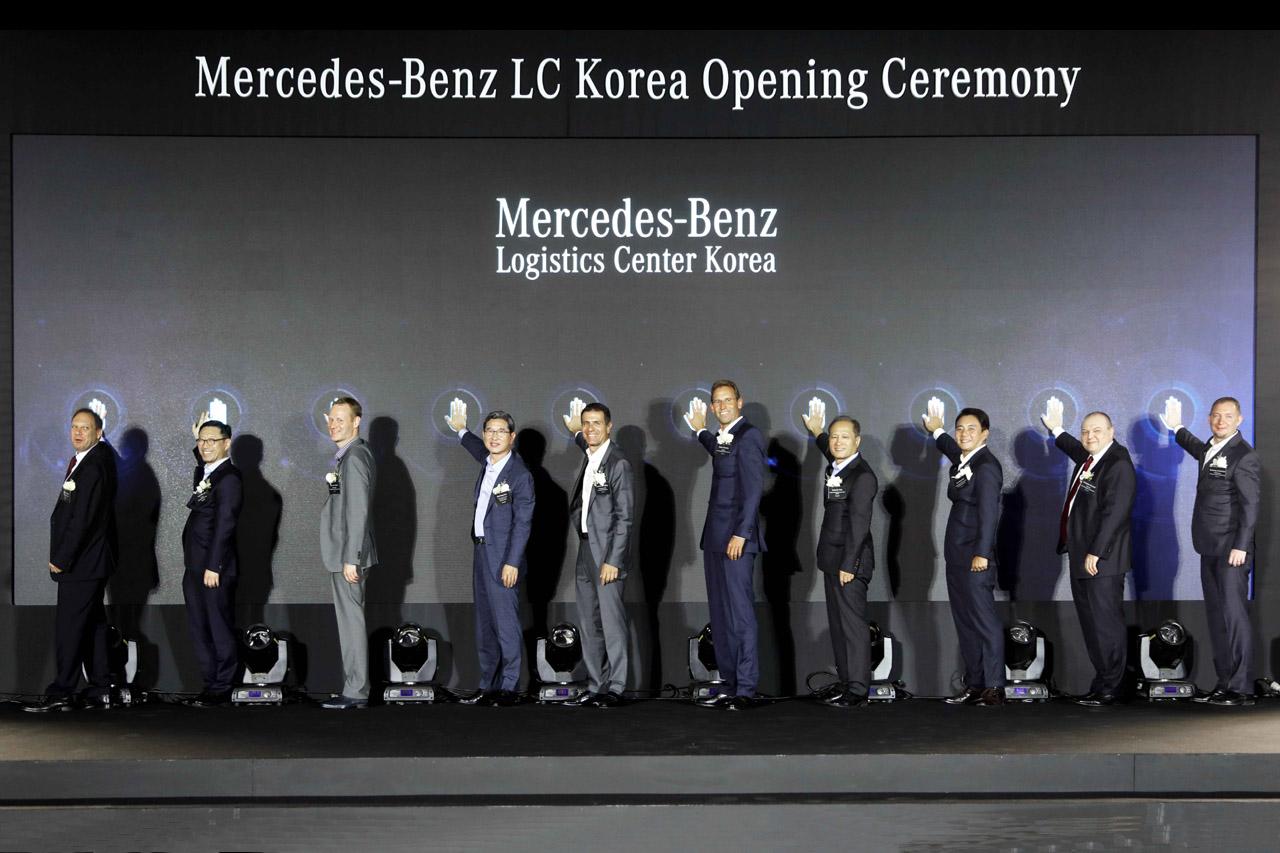 [사진 1] 다임러 그룹 부품물류 클라우스 짐스키 총괄, KOTRA 김성