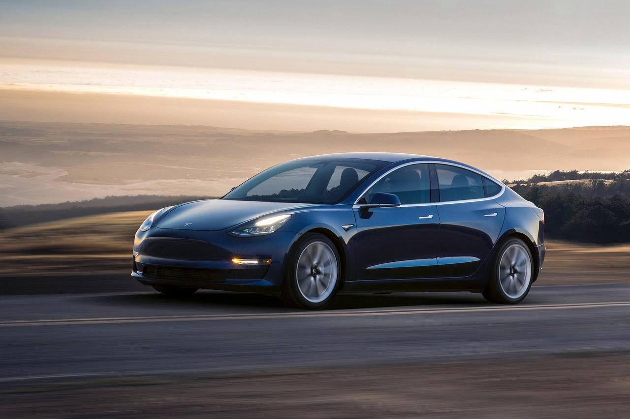 Tesla-Model_3-2018-1280-06
