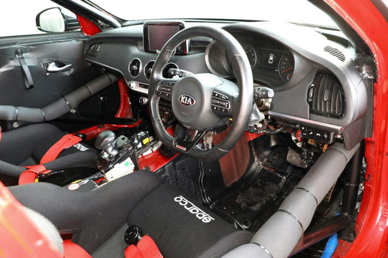 kia-stinger-gt-420-track-car-05