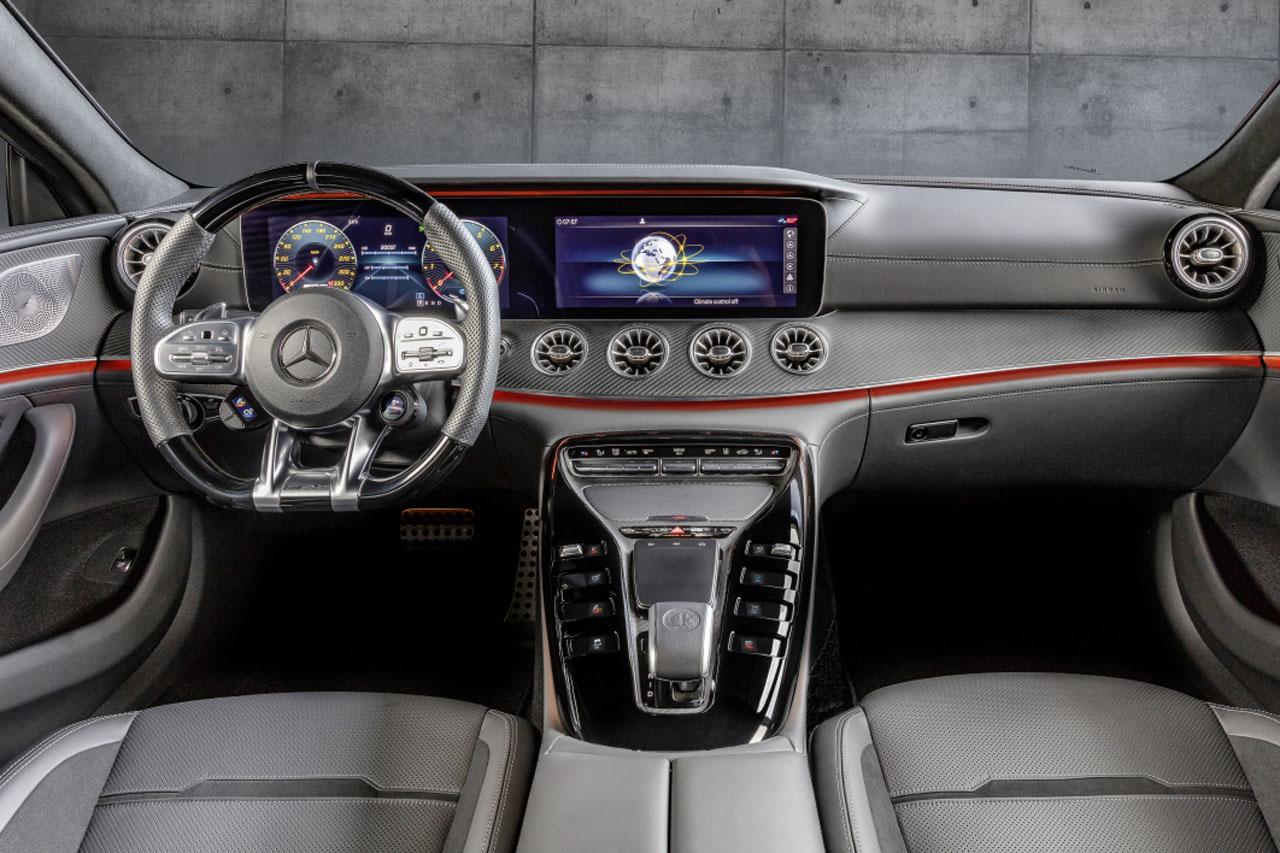 사진9-더 뉴 메르세데스-AMG GT 43 4MATIC+ 4-도어 쿠페