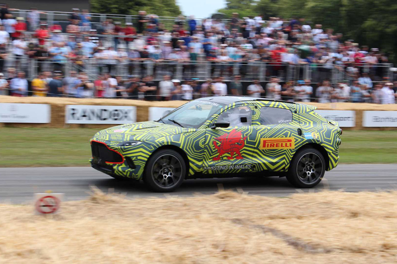 aston-martin-dbx-prototype-at-the-2019-goodwood-festival-of-speed (1)