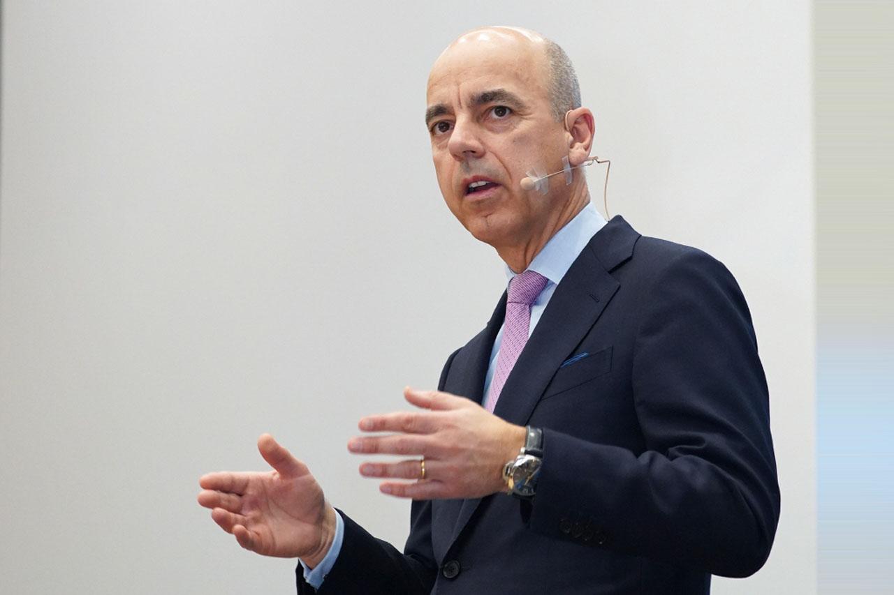 니콜라스 피터, BMW 그룹 재무총괄 보드멤버