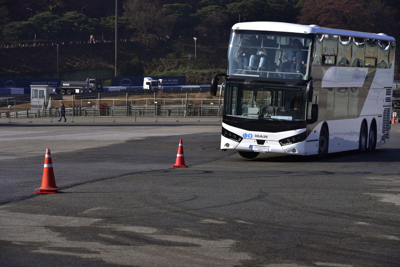 [참고사진] '만트럭버스코리아 페어 2019' 성료_'상용차 체험의 장'으로 자리매김(2)