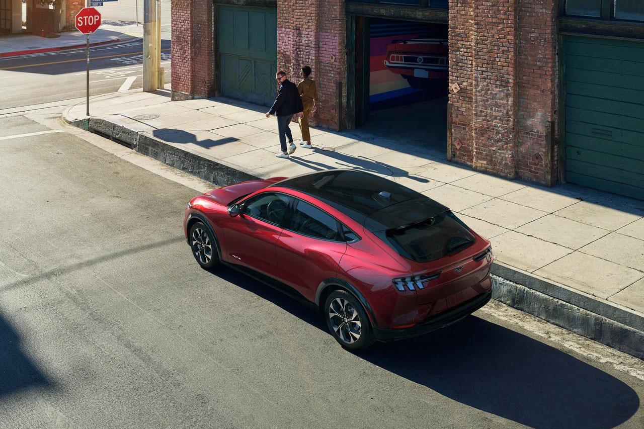 Ford-Mustang_Mach-E-2021-1280-0d
