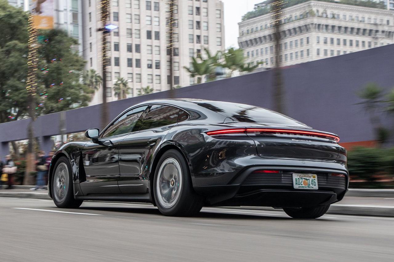 Porsche-Taycan_4S-2020-1280-83