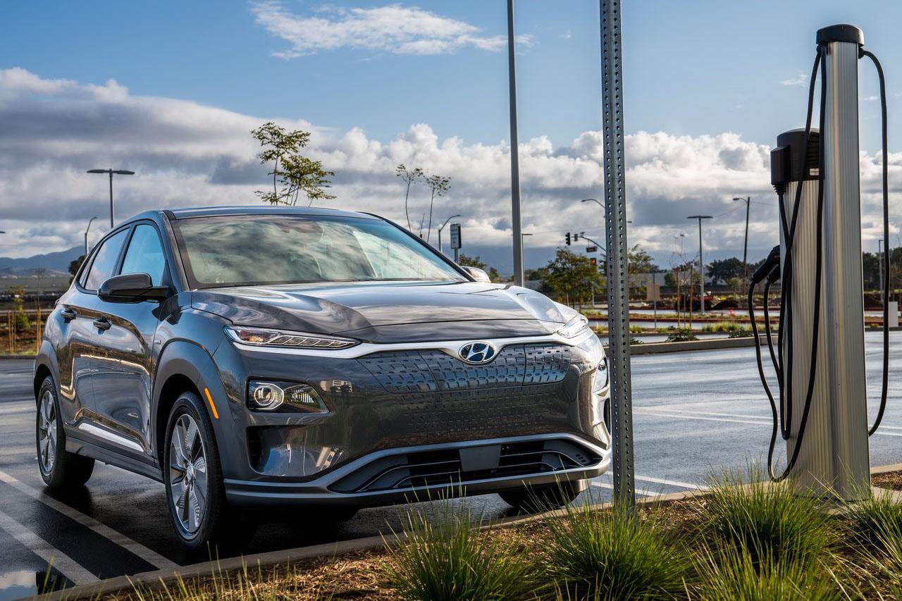 Hyundai-Kona_Electric_US-Version-2019-1280-06
