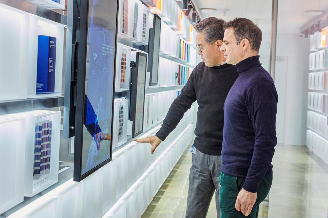 [사진자료] 모델솔루션, 디자인 트렌드 전시공간 'CMF LAB' 오픈 2